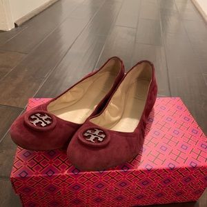 Red/Wine Tory Burch Allie Ballet Flat - Size 8.5